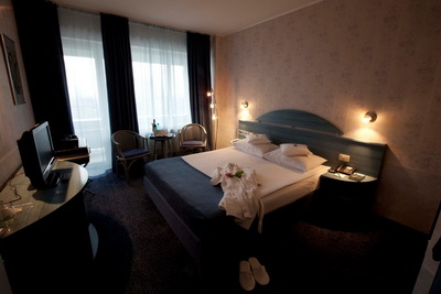 Hotel Continental Forum Oradea World Travel Group